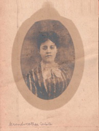 Mary Elizabeth Seagraves, dau of Henry, gdau of Gilbert